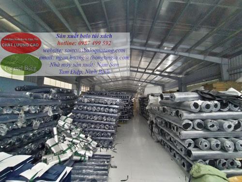 Nguyên liệu sản xuất cho các đơn đặt hàng túi giữ nhiệt